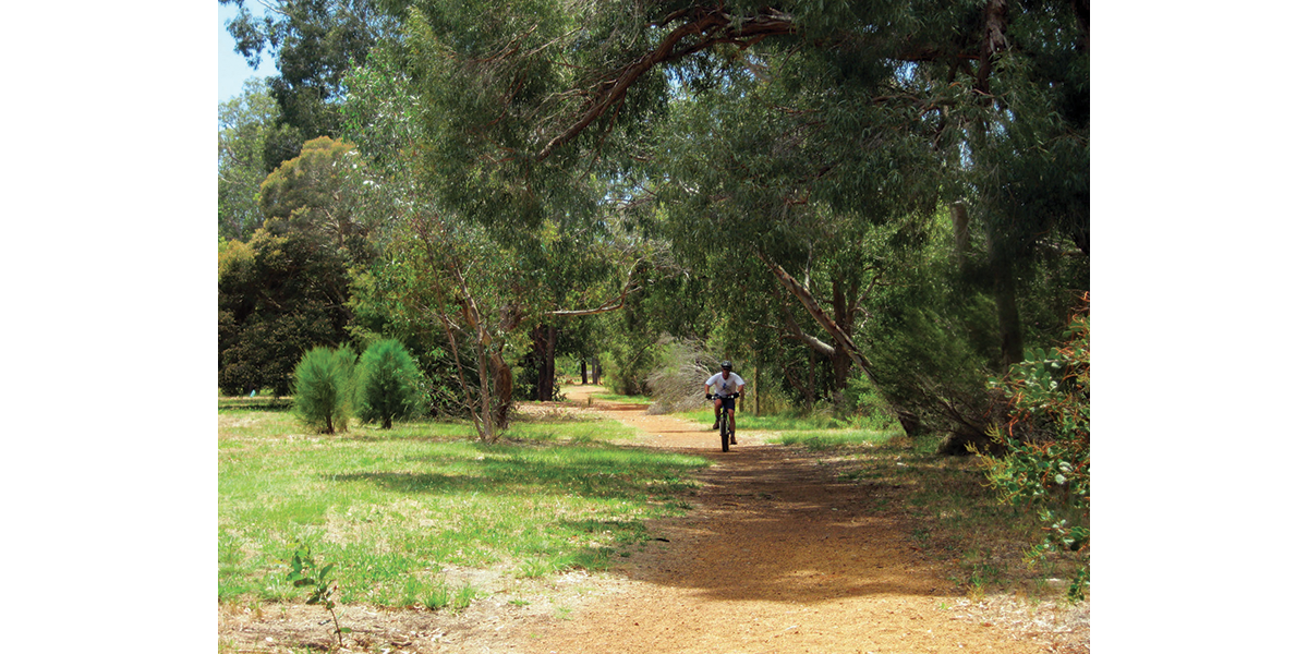 Perth Around – New and old railway